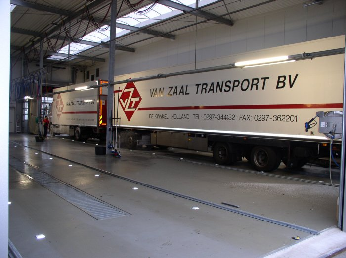 Van Zaal transport truckwash N201